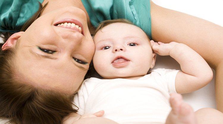 Uzmanlar Bebekle Ten Tene Teması Öneriyor! Peki Ten Tene Temas Neden Önemli?