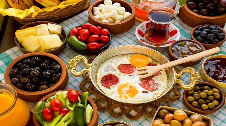Oruç Tutarken 8 Beslenme Hatasına Dikkat!