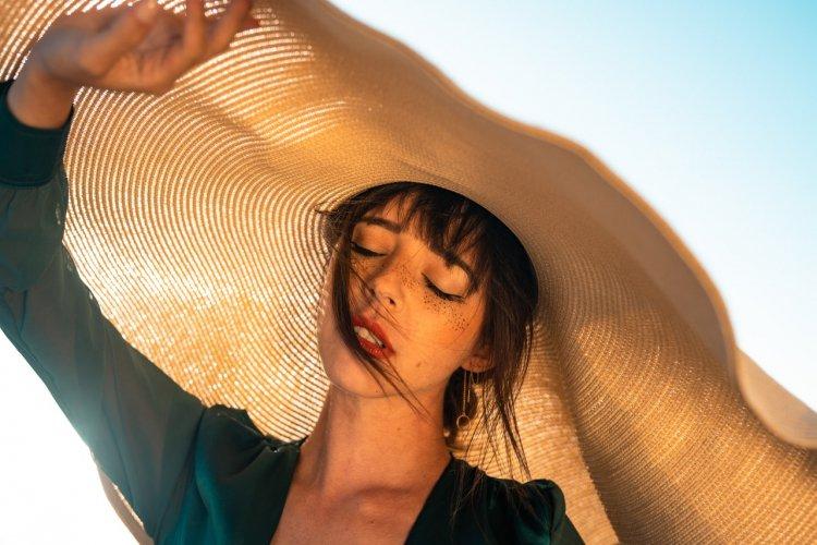 Bunaltıcı Yaz Sıcaklarında Cildinizi Kollajen İle Koruyun