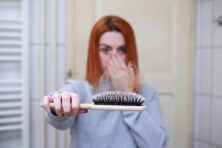 Covid Sonrası Saç Dökülmesi Yaşayanlar Dikkat!