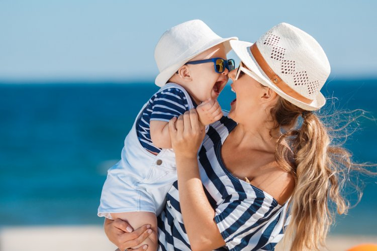 Bebeğinizi Güneşten Korumanın 7 Yolu