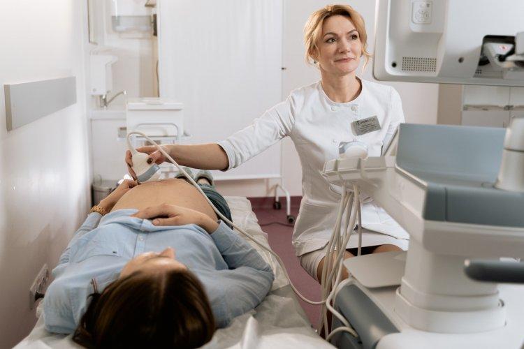 Hamilelikte Detaylı Ultrason Gerekli mi? Bebeğe Zararı Var mı?
