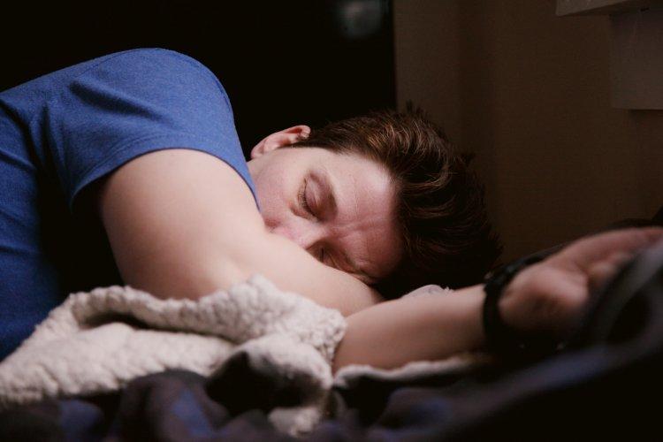 Dikkat: Gün İçinde Uyuklama İsteği, Uyku Apnesi Habercisi!