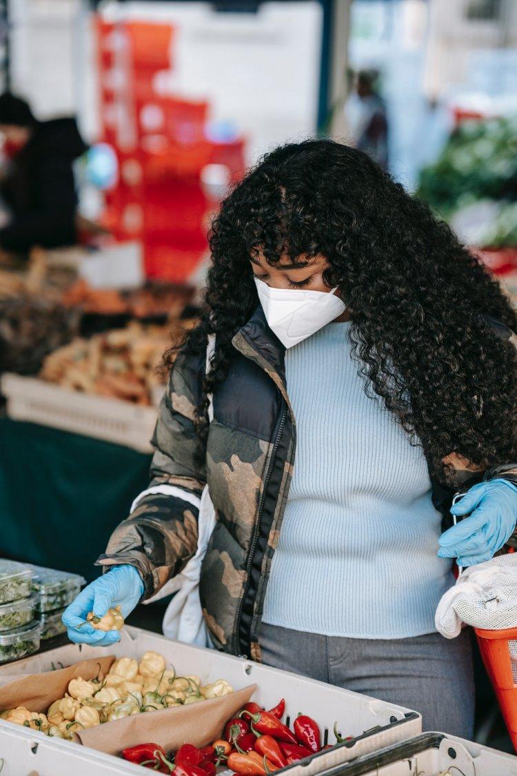 Gıda Güvenliği Uzmanı Uyardı: Açıkta Satılan Gıdalar Virüs Yayıyor