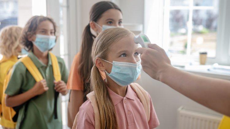 Çocuklarda Koronavirüs Belirtileri Nelerdir? Çocuğunuz Covid mi Grip mi?