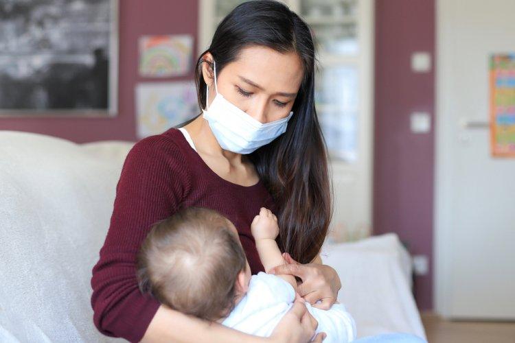 Pandemide Bebeğinizi Güvenle Emzirmenin 5 Yolu
