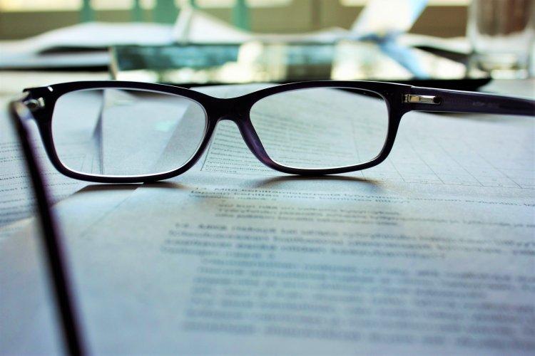 2050'de Dünya Nüfusunun Yarısı Gözlük Takmak Zorunda Kalacak!