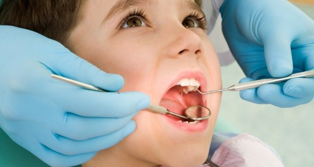 Estetik Diş Telleri Dışarıdan Görünmüyor