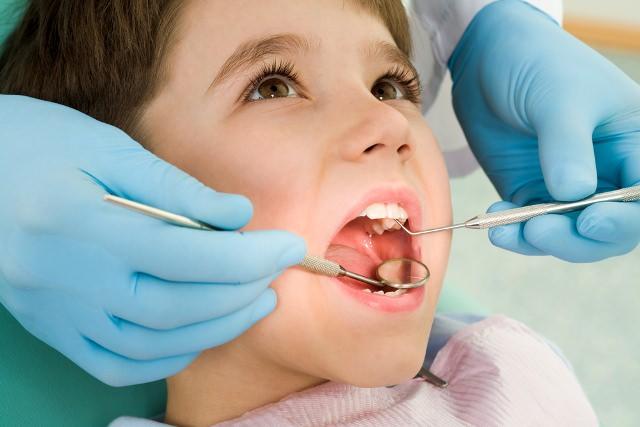 Çocuklarda Diş Telleri