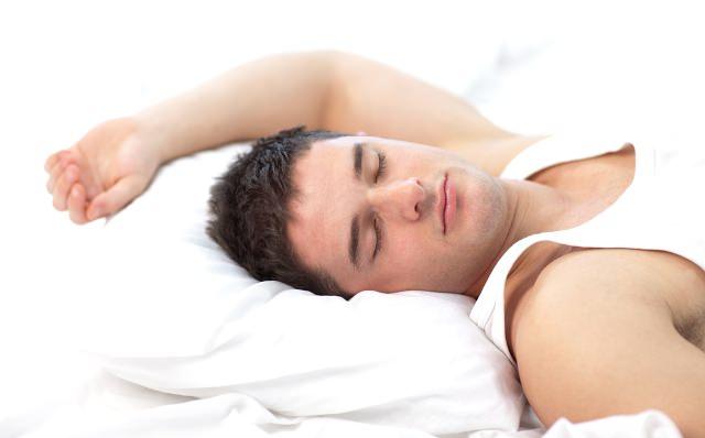 Sıcaklarda Oruçluyken Uyuyun
