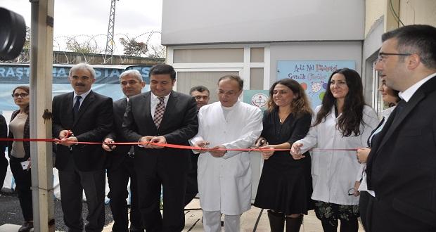 Okmeydanı Eğitim ve Araştırma Hastanesi'nde Hastane Sınıfı Açıldı