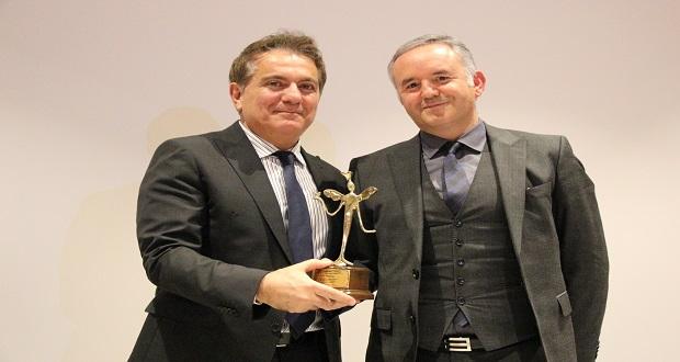 ''Epilepsi İçin Bak'' Üçüncü Ödülünü Aldı
