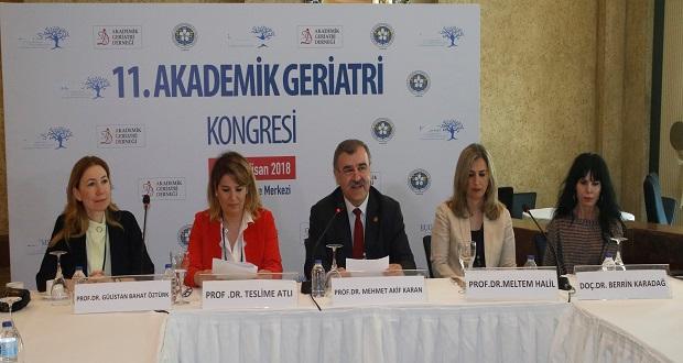 Türkiye'de Yaşlı Nüfusu İle Birlikte Sorunlar Da Artıyor