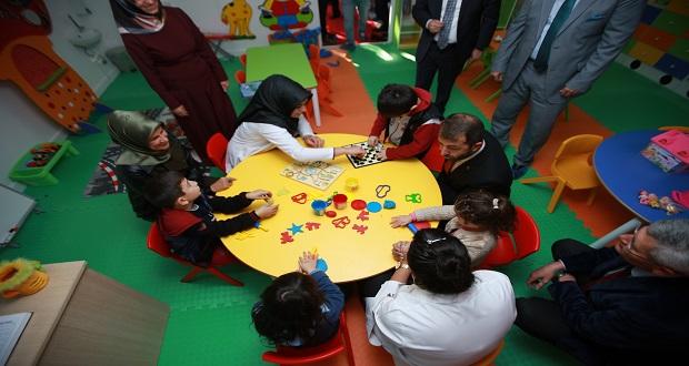 Şefkat Evi ve Çocuk Eğlence Merkezi açıldı