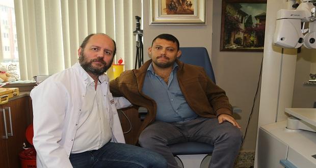 Gözü Görmeyen Iraklı Ahmet Yapay Kornea Nakliyle Sağlığına Kavuştu