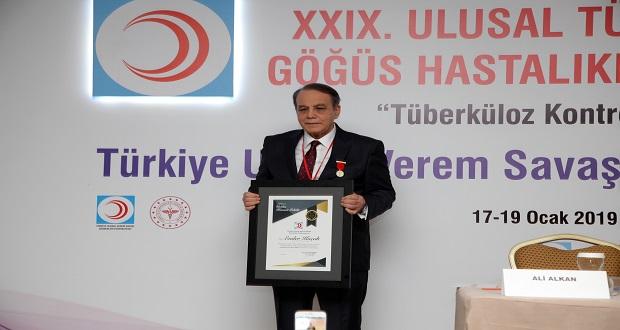 Ender Koçak'a Tüberküloz Üstün Hizmet Ödülü