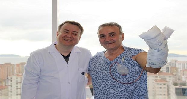 Almanya ve Bulgaristan'da Kesilir Denilen Parmağı Türk Doktorlar Kurtardı